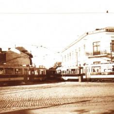 Carte postala ilustrata Depoul Bonaparte (Victoria), iesirea tramvaielor