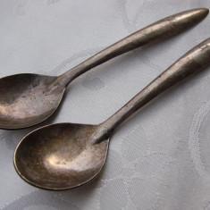 Doua lingurite din alpacca cu monograma (20) - Argint, Tacamuri