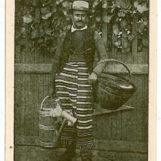771 - Ethnic, BRAGA seller - old postcard - unused