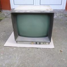 Televizor de colecite, produs de Tehnoton - Televizor CRT