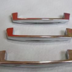 3 MANERE MOBILA - Metal/Fonta