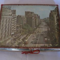 REDUCERE 25 LEI!!! CUTIE UNICATA DE COLECTIE PENTRU JOC DE TABLE, LUCRATA MANUAL IN ANII 60 - Cutie Reclama