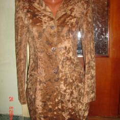 Trench/jacheta dama catifea cambrat animal print VIO -marimea 34/36 - Trench dama, Culoare: Din imagine