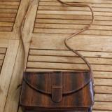 GEANTA de dama, DIN PIELE DE SARPE, stil postas - Geanta vintage
