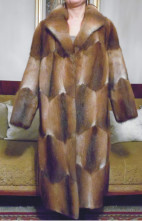 123123Haina dama blana naturala de bizam, lunga, masura 44 - ca noua - impecabila