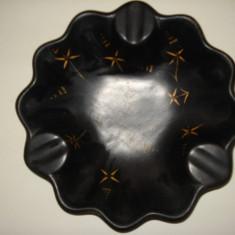 SCRUMIERA DIN CERAMICA NEAGRA - Arta Ceramica