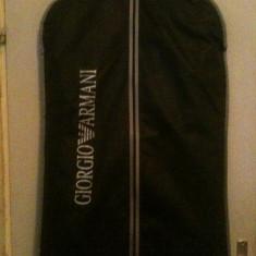 Vand costum armani - Costum barbati Armani, Marime: 52, Culoare: Negru, 2 nasturi, Marime sacou: 52, Lung