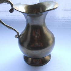 Obiect vechi din bronz