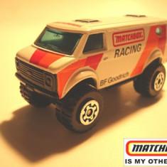 MATCHBOX INT'L MACAU--CHEVY VAN 4x4 --++2100 DE LICITATII !! - Macheta auto Matchbox, 1:64