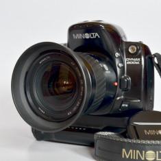 MINOLTA DYNAX 800SI - Aparat Foto cu Film Konica Minolta, SLR