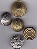 Lot Nr. 10 -  5 nasturi diferite de colectie
