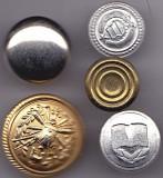 Lot Nr. 6 -  5 nasturi diferite de colectie
