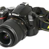 Camera foto Nikon D3000 Kit complet, obiectiv Nikkor 18-55mm, obiectiv Nikkor 55-200mm