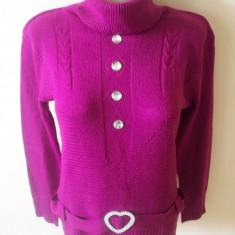 Bluza superba; 52 cm maneca, 57 cm lungime, 47 cm bust etc.; impecabila, ca noua - Bluza dama, Marime: Alta, Culoare: Rosu, Maneca lunga, Casual