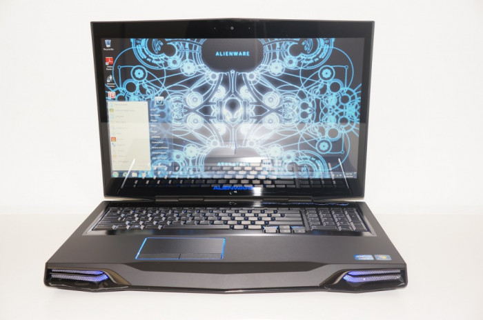 "ALIENWARE M17X R4 i7 IVY BRIDGE, AMD RADEON 7970M, 16GB RAM, ""MONSTRU""!!! foto mare"