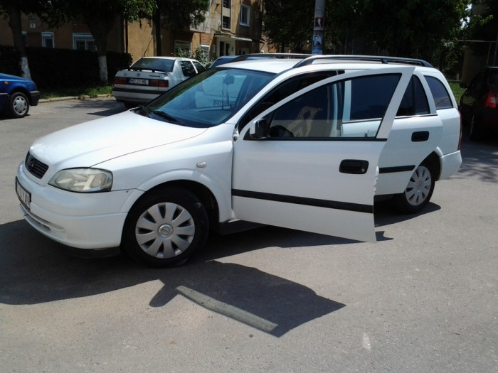 Vand Opel Astra 2001 foto mare