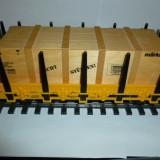 Vagon platforma Marklin cu container de lemn, scara 1:32, din set 55041 - Macheta Feroviara