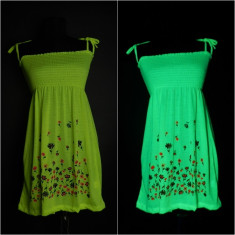 Rochii si maieuri UV neon, de efect marimi universale - Rochie de zi, Marime: 46, Culoare: Orange, Galben, Verde, Cu bretele, Bumbac