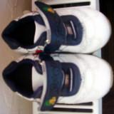 Adidasi cu spiderman nr 14 - Adidasi copii, Culoare: Alb, Baieti, Marime: 33