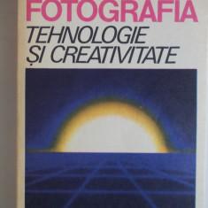FOTOGRAFIA, TEHNOLOGIE SI CREATIVITATE. M.VARGA -I.M.IOSIF