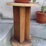 Suport din lemn pentru flori - Vaza si suport flori