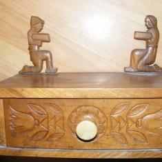 ANTICHITATE, CASETA DE BIJUTERII din lemn SCULPTATA, de SEMINEU, deosebita, de COLECTIE, ANTICA, MOBILIER VECHI - Cutie Bijuterii