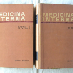 """MEDICINA INTERNA - Manual pentru invatamantul medical superior"", Vol I + II, Ed. III, sub redactia Acad. A. Moga si Prof. P. Teodorescu, 1964. Noi, Alta editura"