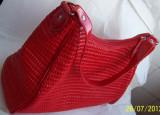 Poseta/geanta a brandului italian FERGI, culoare ROSIE, absolut NOUA si nefolosita, cu eticheta originala, Geanta de umar, Rosu
