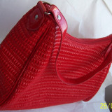 poseta/geanta a brandului italian FERGI, culoare ROSIE, absolut NOUA si nefolosita, cu eticheta originala