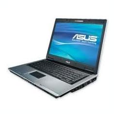 Laptop Asus F3Tseries procesor AMD Turon 64 2Ghz
