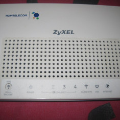 Router ZYXEL - Router wireless Zyxel, Porturi LAN: 4