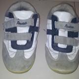SH: Adidasi de la Mountain, ca noi, talpa interior 20.5 cm - Adidasi copii, Marime: Alta, Culoare: Alb, Unisex, Piele naturala