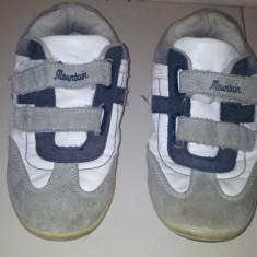 SH: Adidasi de la Mountain, ca noi, talpa interior 20.5 cm - Adidasi copii, Marime: Alta, Culoare: Alb, Unisex