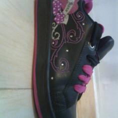 Skateri - Papuci copii, Marime: 35, Culoare: Negru, Fete