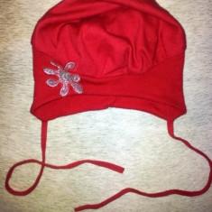 Caciulita rosie fete 2-4 ani, din bumbac, ca noua, masura 46-48 - Caciula Copii, Culoare: Din imagine, Marime: Masura unica