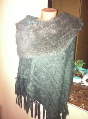 Poncho/ cardigan / jacheta de vanzare superb si tricotat ! foto