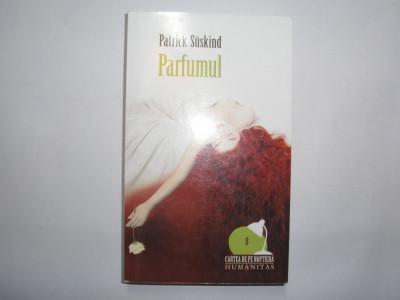 Parfumul-Patrick Suskind,r21 foto