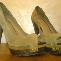 Pantofi Zara Peep Toe din piele intoarsa, toc 15 cm - Pantof dama Zara, Culoare: Khaki, Marime: 36, Khaki, Cu toc