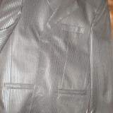 Costum barbati marime 46, Culoare: Negru, 4 nasturi, Normal