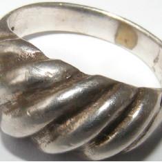 Inel vechi din argint (17) - de colectie