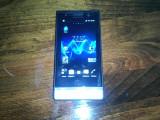 Sony Xperia U - alb nota 9,8/10 cu garantie 20 de luni