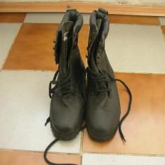 Bocanci militari piele