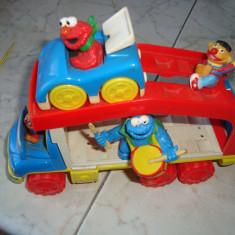 Figurine sesame streets in masina - Masinuta Altele