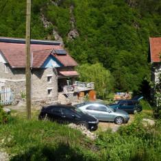 Cabana Retezat - Turism munte Romania