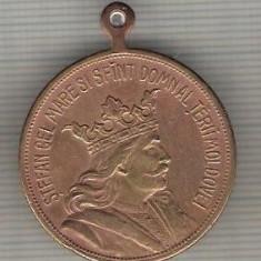 C491 Medalie veche -STEFAN CEL MARE SI SFANT DOMN AL TARII MOLDOVEI -1504-1904 -marime 30x36 mm, gr. aprox. 13 gr.-starea care se vede