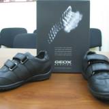 Pantofi sport GEOX noi, marimea 33