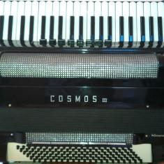 Acordeon access Cosmos III, sau schimb cu orga KorgPa1X- cu 5 octave