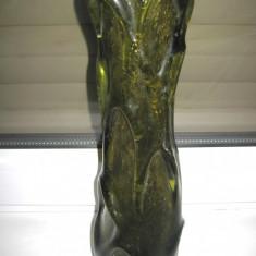 Vaza sticla verde cu bule relief- h- 31 cm, d- 8cm.