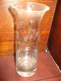 Vaza sticla gravata1, h- 25, d- 9 cm