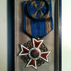 COROANA ROMANIEI grad OFITER, pt.civili, model 1, argint aurit marcat A.M.D.CUTIE - Ordin/ Decoratie